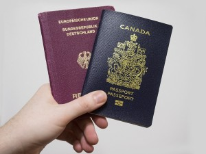 an overview of dual citizenship in canada Canada allows its citizens to keep their canadian citizenship and take on foreign citizenship but dual citizenship is not legally recognized in all countries like it is here in canada if you originate from a foreign country and are unsure about its rules on dual citizenship, ask the embassy or consulate first.