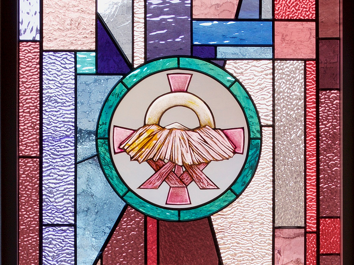 Church Window Manger Cropped 3×4