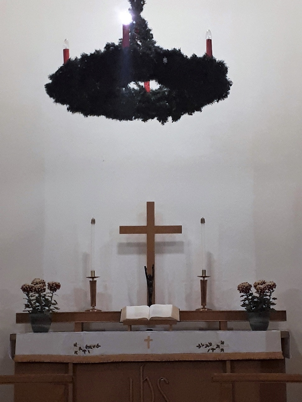 2020 Advent Wreath Hanging in Altar room